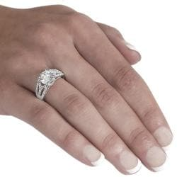 Journee Sterling Silver Round-cut CZ Ring - Thumbnail 2