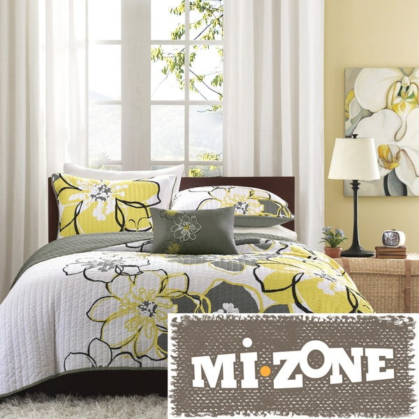 Mi Zone Mackenzie Yellow/Grey Patterned 4-piece Quilt Set