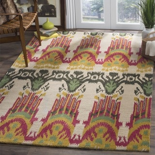 Safavieh Handmade Ikat Beige/ Yellow Wool Rug (6' Square)