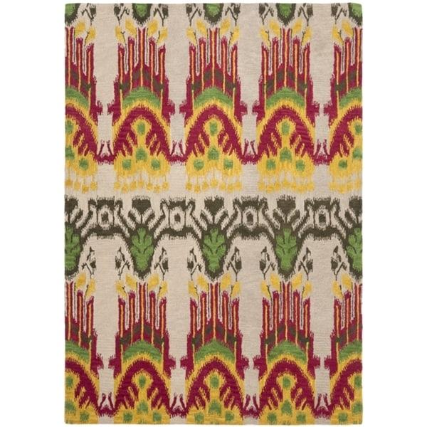 Safavieh Handmade Ikat Beige/ Yellow Wool Rug (4' x 6')