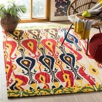 Safavieh Handmade Ikat Cream/ Green Wool Rug - 6' x 9'
