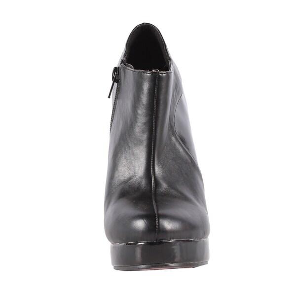 Jacobies by Beston Women's 'Sophia-45' Black Stiletto Ankle Bootie