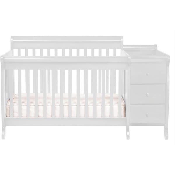 DaVinci Kalani Crib and Changing Table Combo with Toddler Rail
