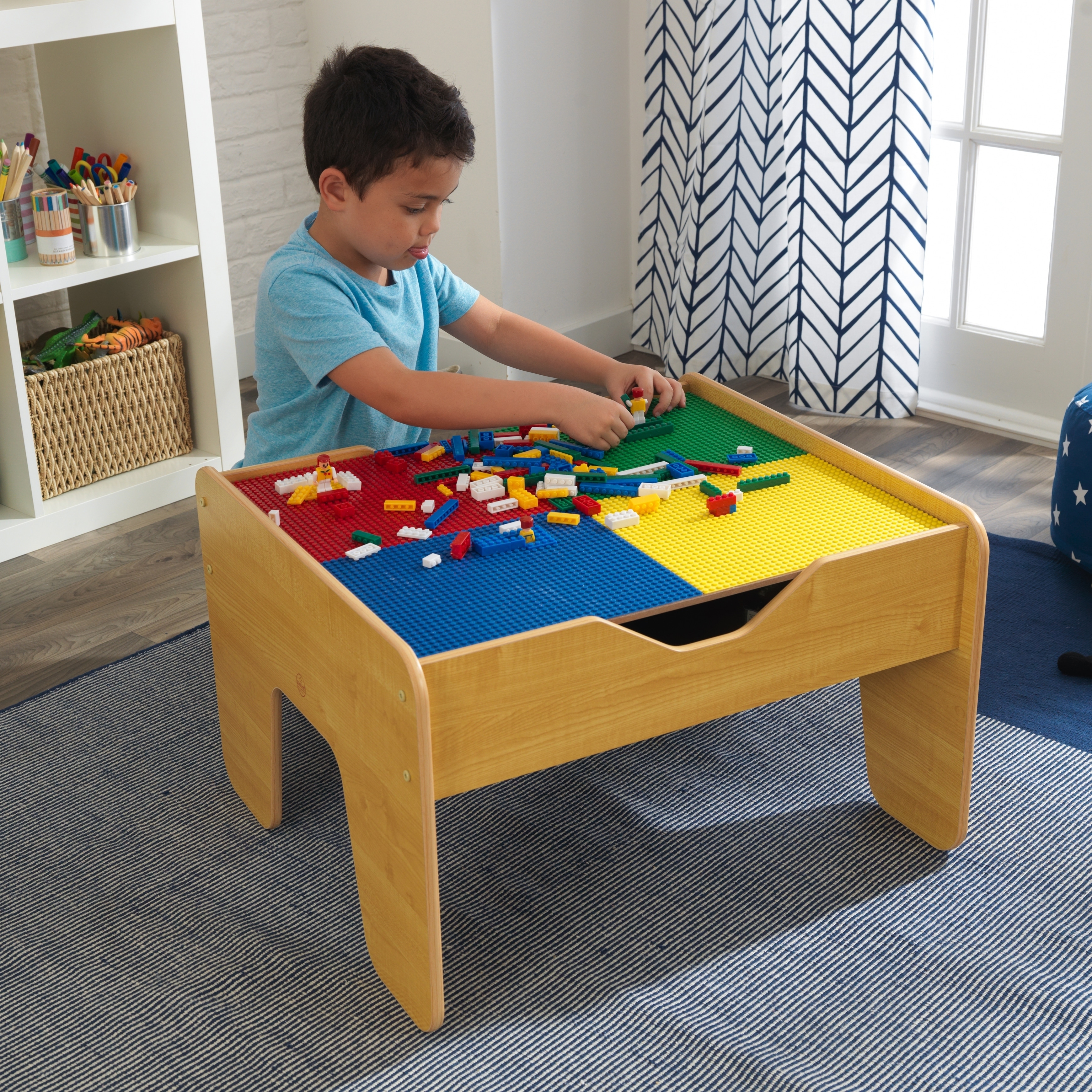 Kid Kraft 2-in-1 Activity Table with Board (2 in 1 Activi...
