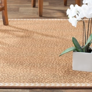 Safavieh Metropolis Leopard Beige/ Brown Rug (4'7 x 6'6)