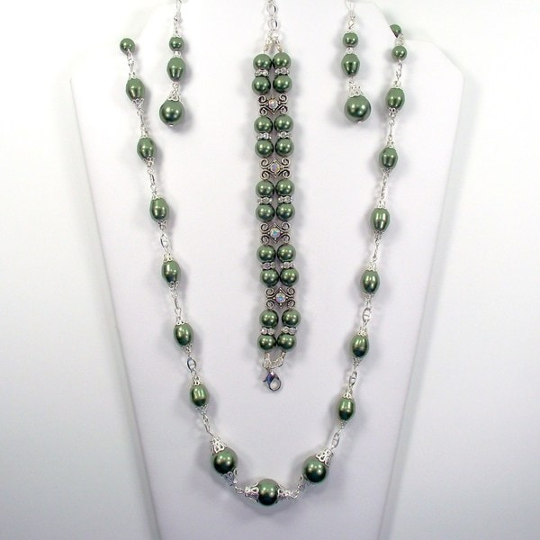 Silverplated Evergreen Glass Pearl Jewelry Set