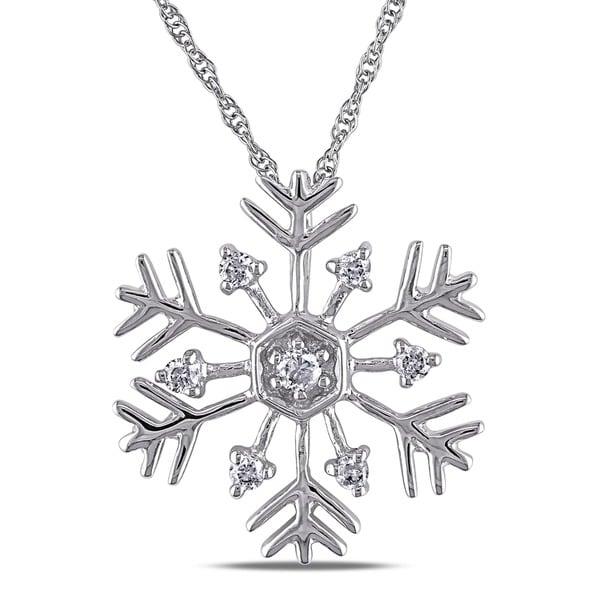 Miadora 10k White Gold 1/5ct TDW Diamond Snowflake Necklace