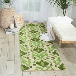 Nourison Hand-tufted Siam Green/ Ivory Rug (2'3 x 7'6)