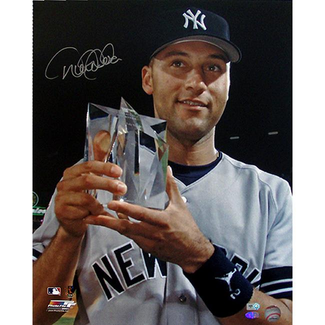 Steiner Sports Derek Jeter 2000 All-star Trophy 16x20-inch Photograph