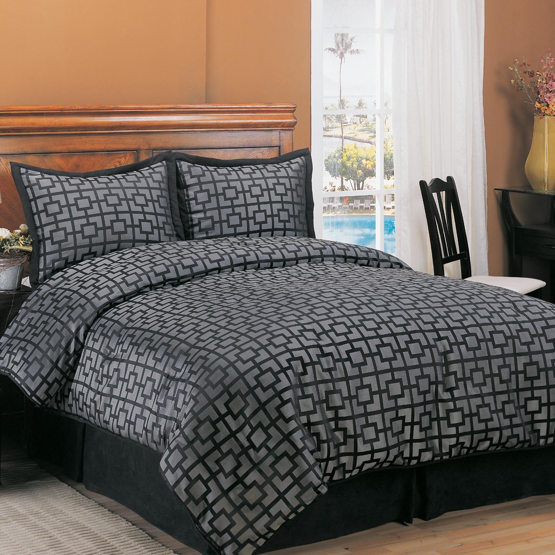Maze Black Russian Queen-size Comforter Set