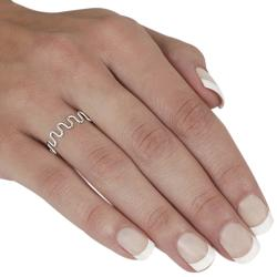 Journee Collection Sterling Silver Wave Ring - Thumbnail 2