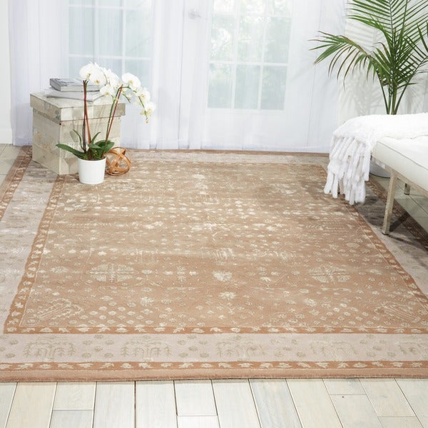 Nourison Hand-tufted Symphony Bordered Warm Taupe Rug (5'6 x 7'5)