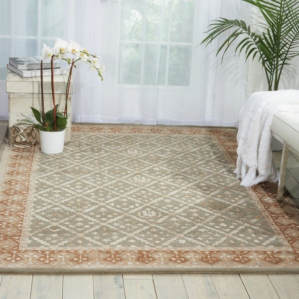 Nourison Hand-tufted Symphony Diamond Pattern Light Green Rug (5'6 x 7'5)
