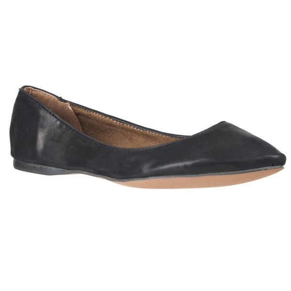 Riverberry Women's 'Caira' Pointed-toe Ballet Flat