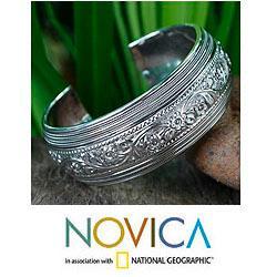 Sterling Silver 'Floral Imagination' Bracelet (Thailand)