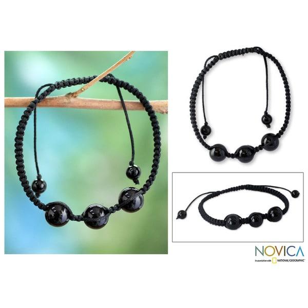 Handmade Cotton 'Tranquil Protection' Onyx Bracelet (India)