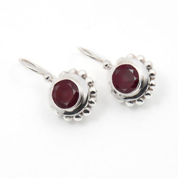 Handmade Sterling Silver Garnet Earrings (India)