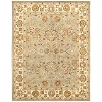 Safavieh Handmade Heritage Traditional Oushak Light Green/Beige Wool Rug (9' x 12')