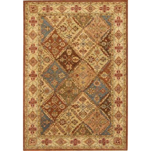 Safavieh Handmade Heritage Traditional Bakhtiari Beige Wool Rug (6' x 9')