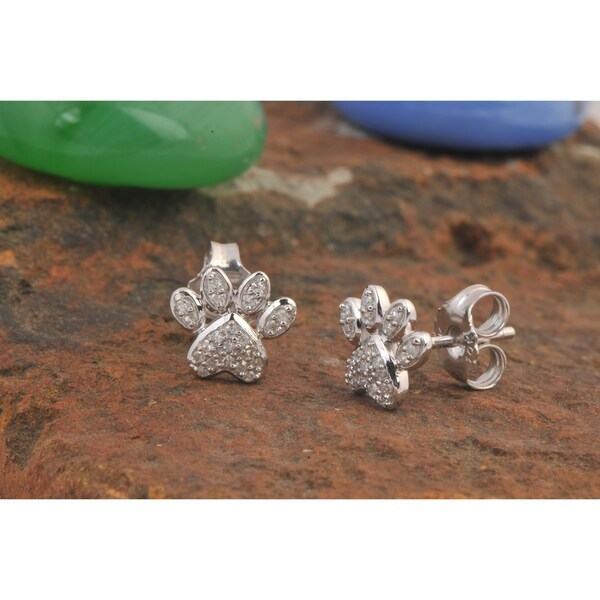 fb3f573ce De Couer IGI Certified 10k White Gold 1/10ct TDW Diamond Dog Paw Print  Earrings
