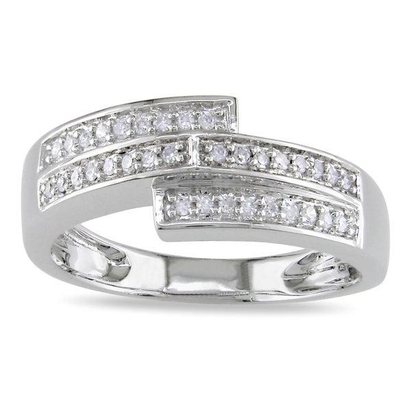 Miadora 10k White Gold 1/6ct TDW Pave-set Diamond Ring