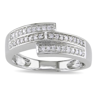 Miadora 10k White Gold 1/6ct TDW Pave-set Diamond Ring