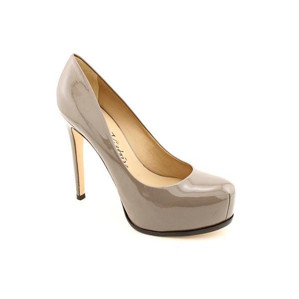 Pour La Victoire Women's 'Irina' Patent Leather Dress Shoes