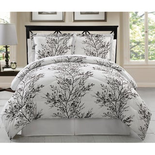 VCNY Reversible Leaf 8-piece Bed in a Bag with Sheet Set