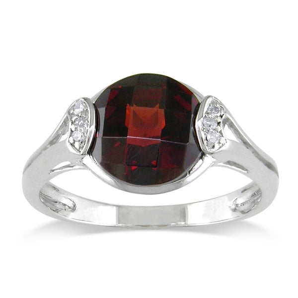 Miadora Sterling Silver Garnet and Diamond Ring (H-I, I2-I3)