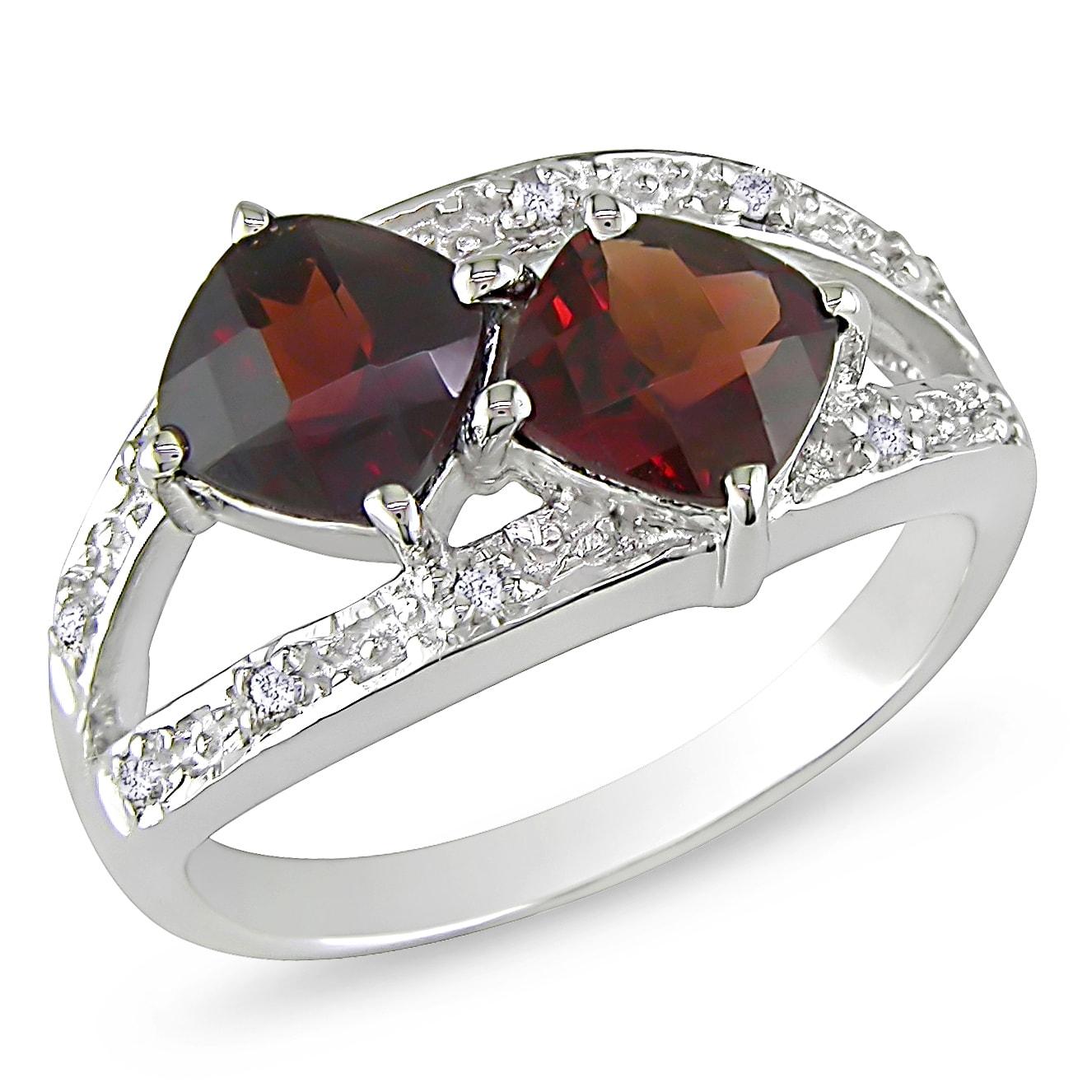 Miadora Sterling Silver Garnet and Diamond Ring (G-H, I3)