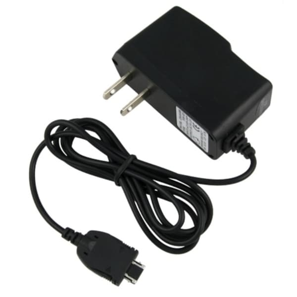 INSTEN Travel Charger for Pantech C520 Breeze/ C740 Matrix/ C810 Duo