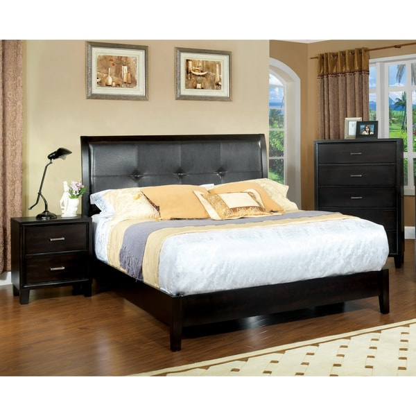 Furniture Of America Chester 3 Piece Queen Size Bed With Nightstand And Chest Set Free