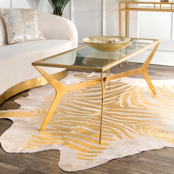 nuLOOM Hand-picked Brazilian Gold Foil Stripes Cowhide Rug (5' x 7') - 5' x 7'