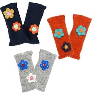 Handmade Flower Power Woolen Handwarmer (Nepal)