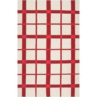 Hand-woven Lamesa White Wool Rug (2' x 3')