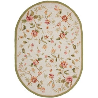 Safavieh Hand-hooked Garden Ivory Wool Rug (4'6 x 6'6 Oval)