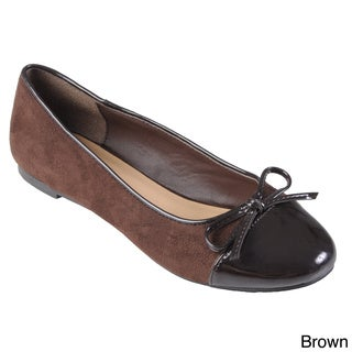 Journee Collection Women's 'Fullerton' Round Toe Bow Accent Flats