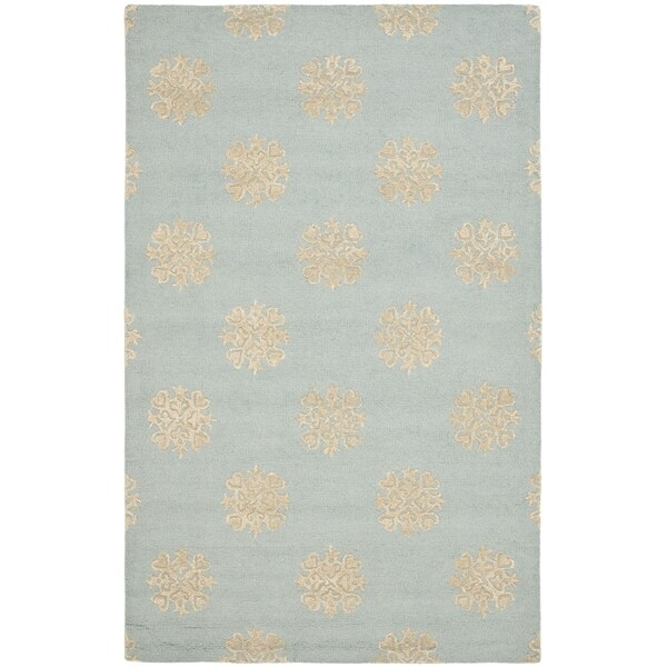 Safavieh Handmade Soho Medallion Light Blue Wool Rug (6' x 9')