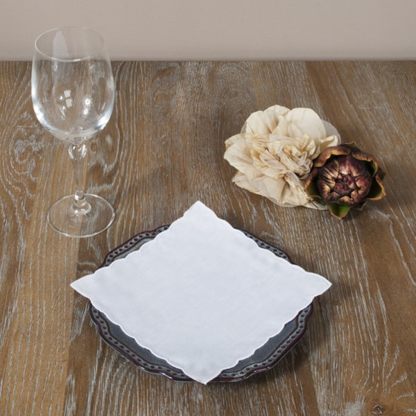 Linen Plain Scalloped Napkins (Set of 12)