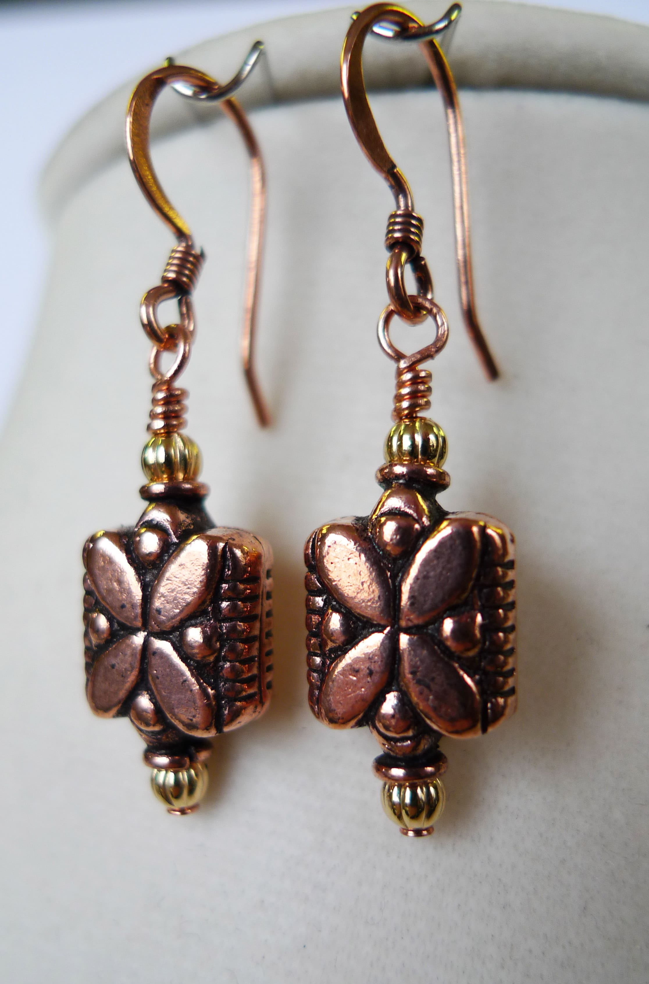 Daisy' Copper Earrings