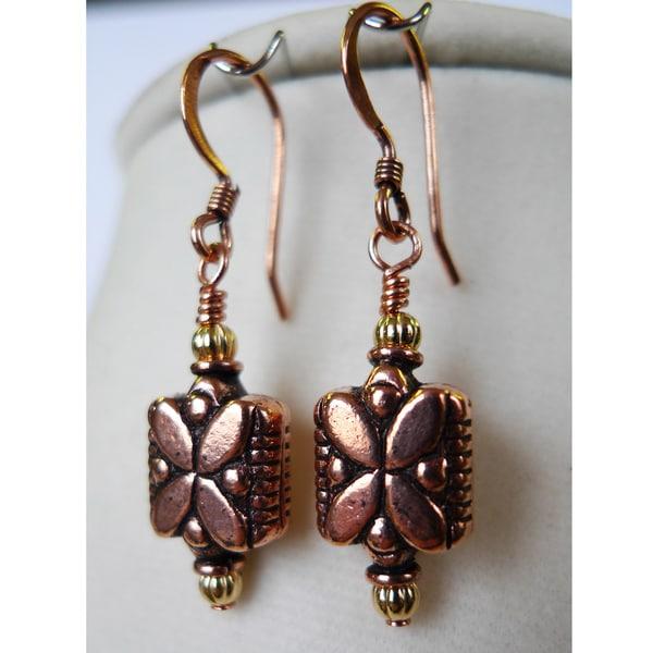 Daisy' Copper Earrings