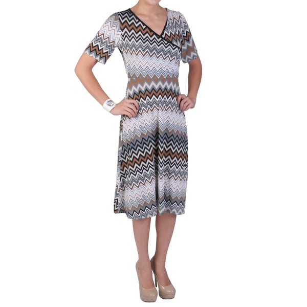 Tressa Designs Women's Contemporary Plus Chevron Print V-neck Dress
