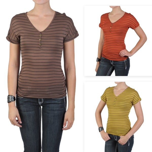 Journee Collection Juniors Short-sleeve Striped V-neck Top