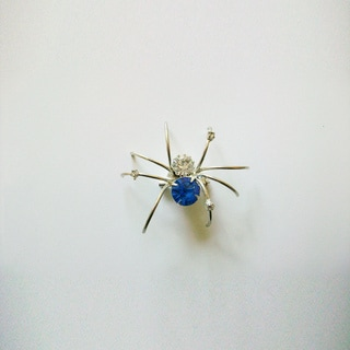 Detti Originals Silver Crystal and Wire 'Spider' Pin