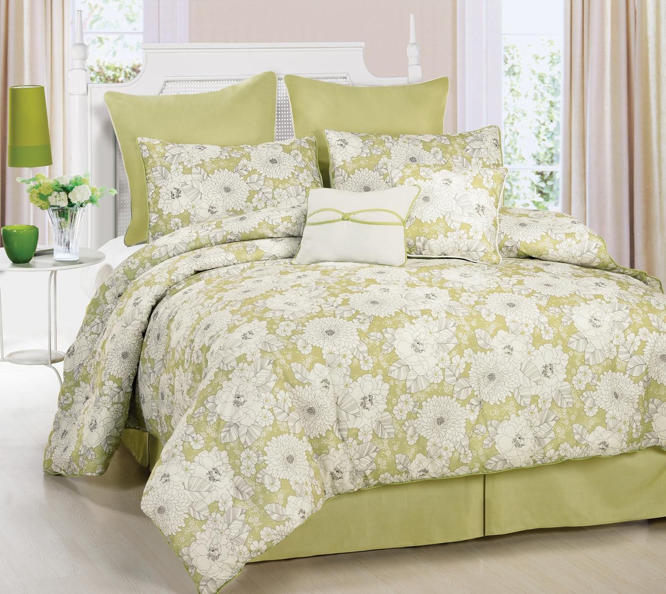 Calista Floral 4-piece Full/ Queen-size Comforter Set