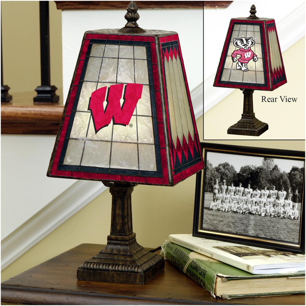Wisconsin Badgers 14-inch Art Glass Lamp - Thumbnail 0