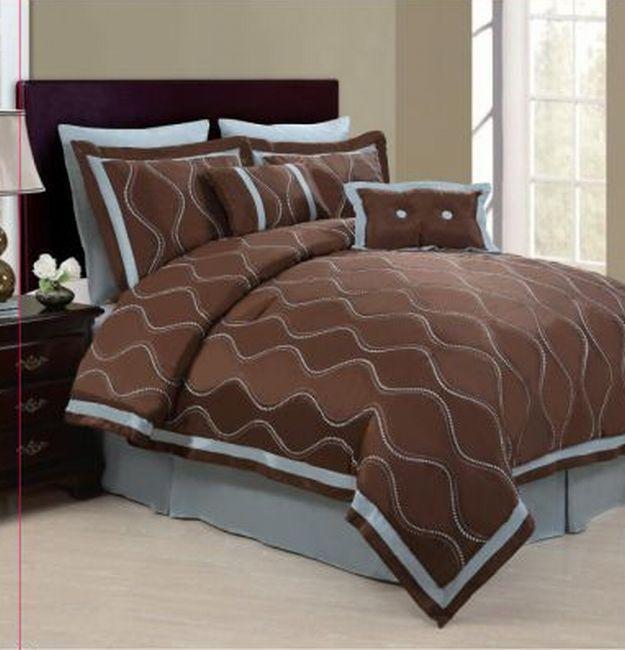 Wavy Chocolate/ Blue 8-piece Comforter Set