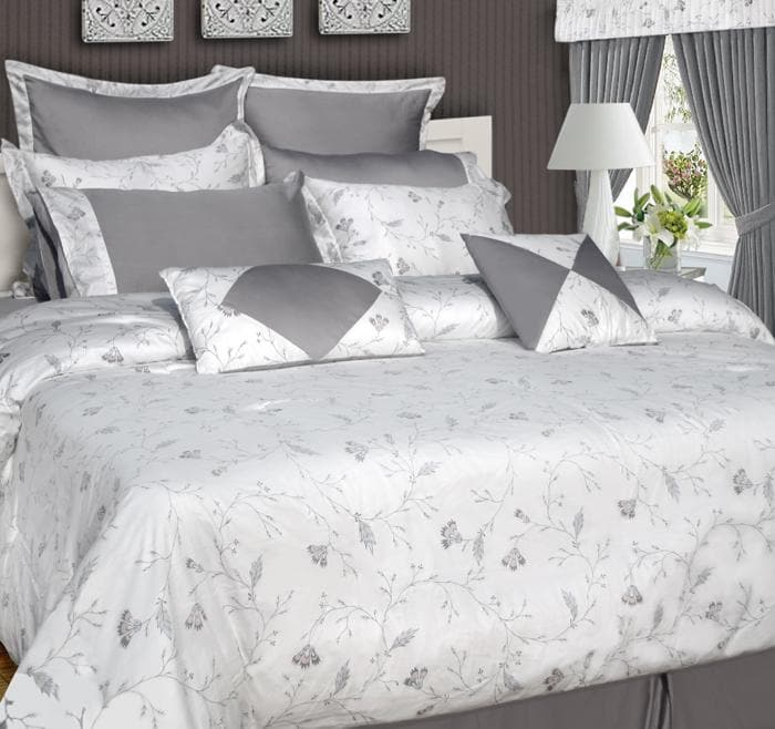 Mirage 12-piece Bed in a Bag with Sheet Set