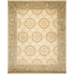 Asian Hand-knotted Medallion Ivory/ Grey Wool Rug (4' x 6')