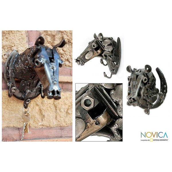 Handcrafted Iron 'Rustic Racehorse' Key Rack (Mexico)